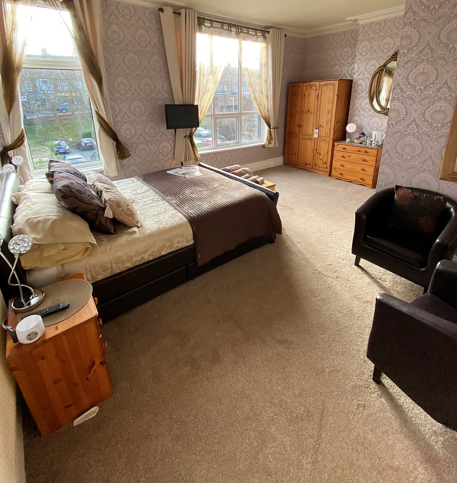 Superior Double Room – First Floor Front