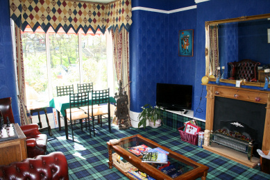 Guest living room